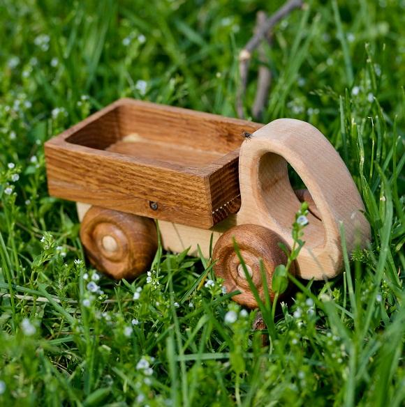 Деревянные машинки фото